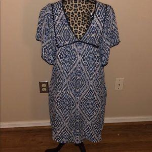 DR2 Flowy midi dress
